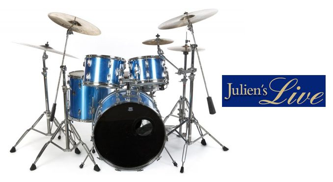 Stewart Copeland trommer på auktion