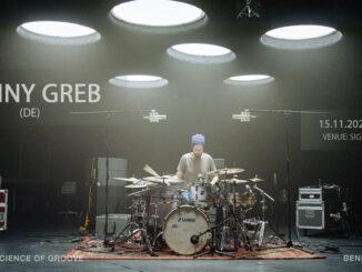 Benny Greb Clinic i København - foto af benny der trommer